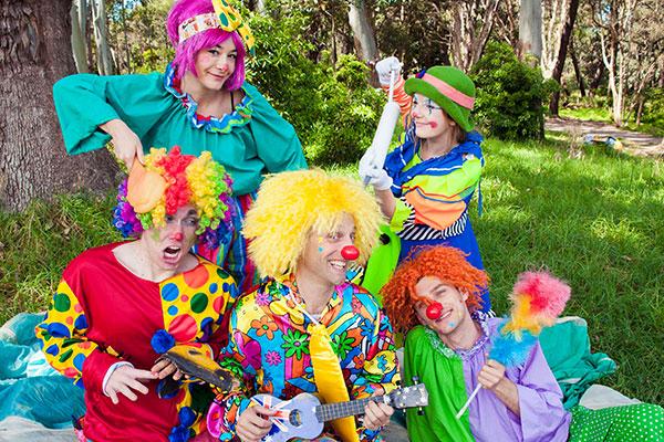 clowns hire